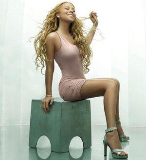 Mariah carey seated
