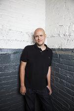 Daniel-brick-background-portrait