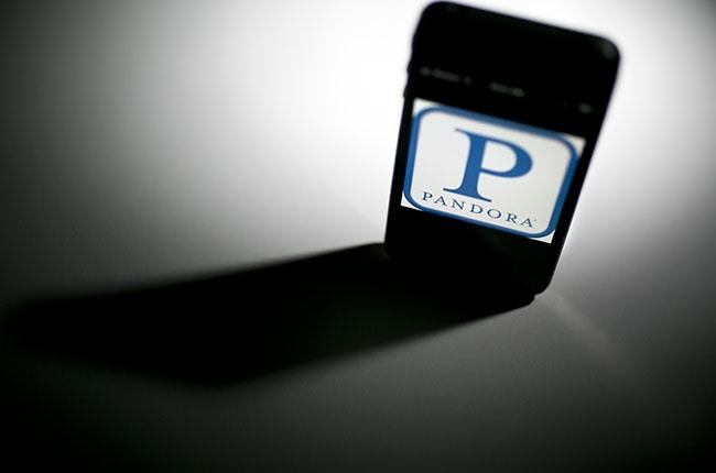 Pandora-music-phone-2013-billboard-650 2